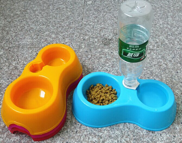 Plastic Pet Bowl