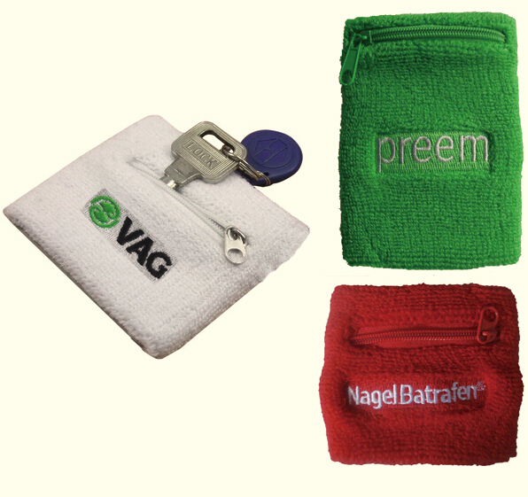 Sports Wristband with Zipper Bag Pouch