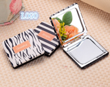 Creative portable folding mirror portable