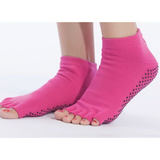 OEM Custom Made Sole Grip Rubber Non Slip Pilates Yoga Socks